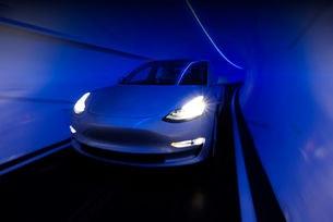 Tesla и The Boring Company ще създадат общ миниван