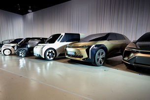Toyota патентова електромобили в Китай