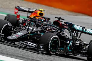 Ботас спечели драматичната Гран при на Австрия