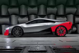 Прототип на BMW напомня за купе със среден двигател