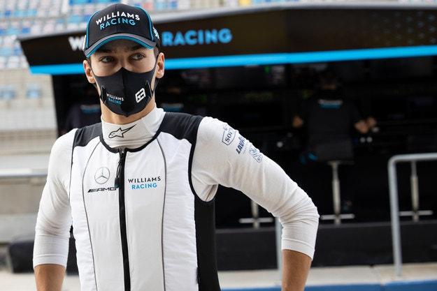 Ръсел ще замени Хамилтън в Mercedes