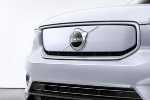 Volvo представя втори електромобил през март