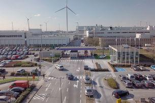 Volvo увеличава производството на електромобилите