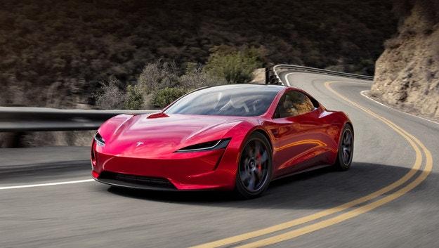 Илън Мъск иска Tesla Roadster да лети