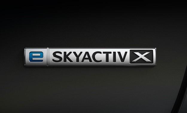 Mazda 3 и CX-30 с обновен двигател e-Skyactiv X
