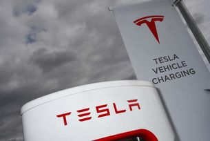 Tesla има над  6000 зарядни станции в Европа