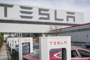 Tesla е най-бързо развиващата се марка в света
