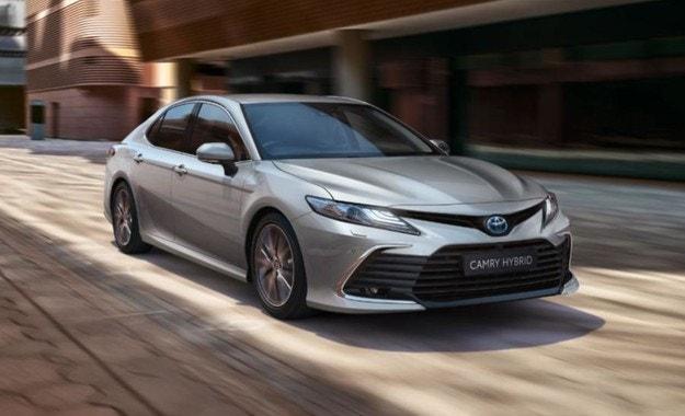 Обновеният Toyota Camry излиза на пазара