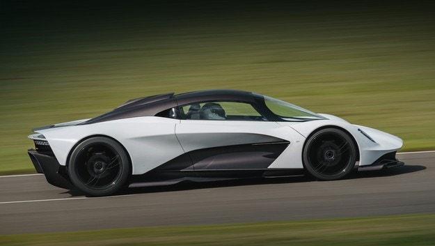 Всички модели на Aston Martin с двигатели от AMG
