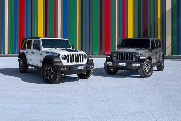 Jeep представи Wrangler в изпъление plug-in хибрид
