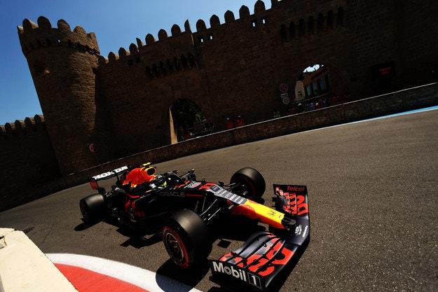 В Red Bull са имали ново задно крило за Баку