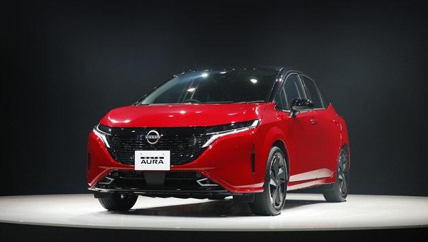 Хечбекът Nissan Note Aura става по-мощен