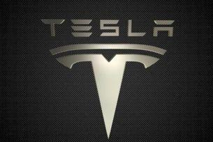 Tesla пуска абонамент за пълен автопилот