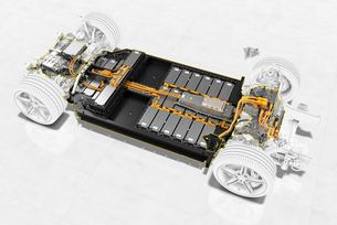 BASF и Porsche разработват батерии