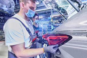 Audi спира производството на автомобили