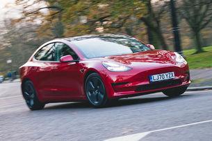 Tesla ще предлага своя автопилот на конкуренти