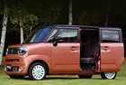Suzuki Wagon R Smile с плъзгащи се врати