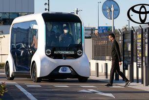 Toyota се съмнява в автономните автомобили