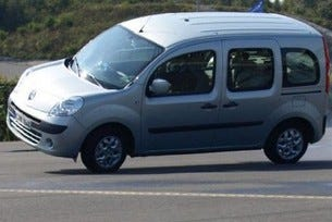 Провал за Renault Kangoo на тестовете на ADAC