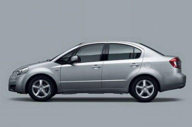 Suzuki: SX4 вече и с версия седан