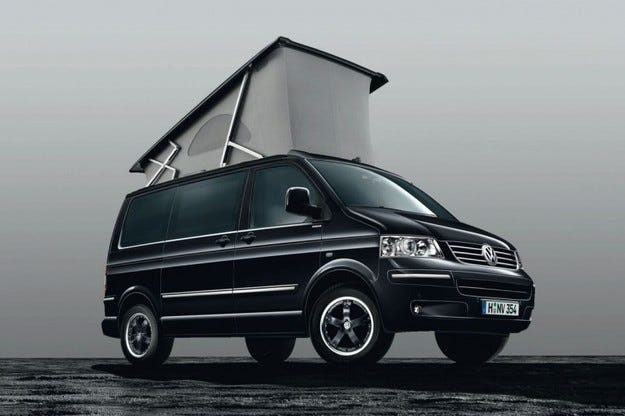 VW California Black Edition: Хайде на къмпинг