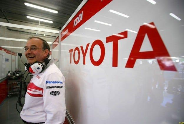 Хаует: Ако ФИА приеме условията ни, Формула 1 ще спечели
