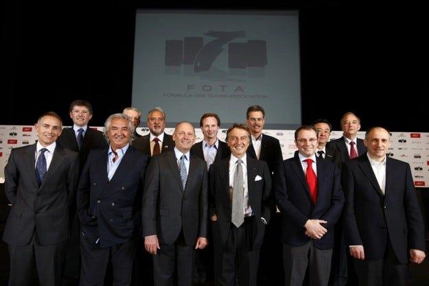 FOTA: ФИА излага на риск бъдещето на Формула 1