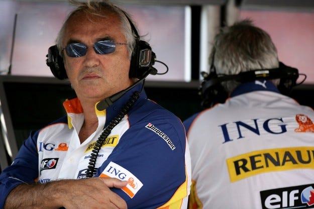 Renault и Бриаторе съдят фамилия Пикет