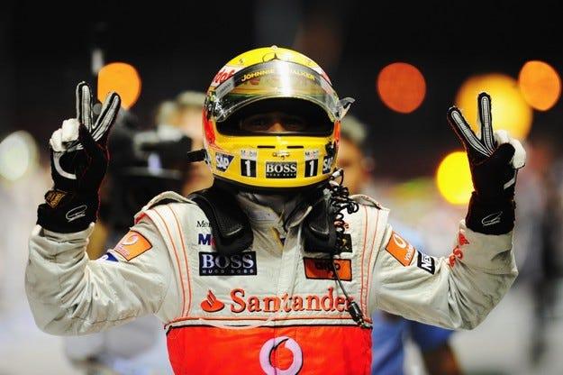 Хамилтън: Обичам Формула 1 повече отколкото преди!
