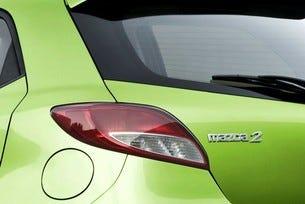 Mazda 2: Следвай модата