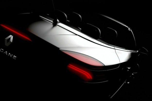 Renault Megane CC: На час по лъжичка