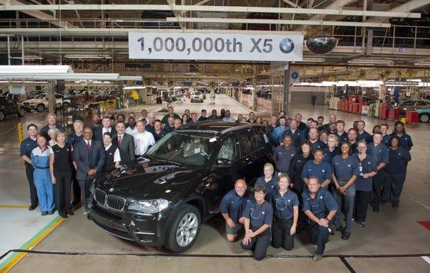 BMW X5 надхвърли 1 млн. продажби