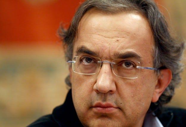 Работниците на Fiat се огънаха пред Маркионе