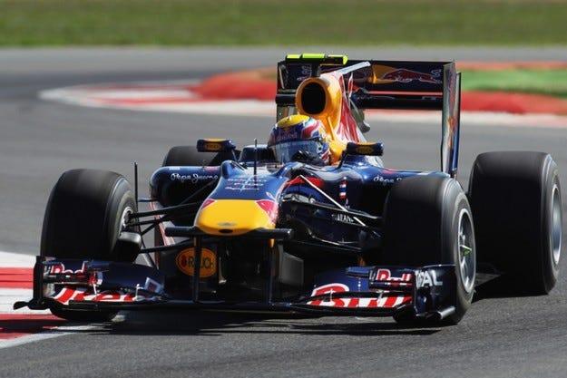 Гран при на Великобритания: Red Bull доминира на тренировките