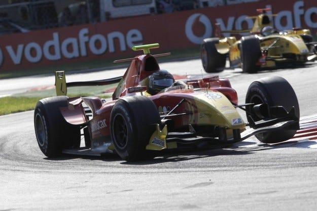 GP2: Виеторис спечели спринта на Монца
