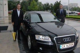 Серджо Зийман и Лари Хокман пристигнаха с топ моделите Audi А8 и Audi Q7