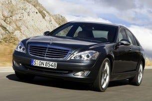 Mercedes разработва S-класа с разход 6,6 л/100 км
