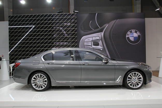 BMW Group България прави преглед на бизнес резултатите за 2015 г.