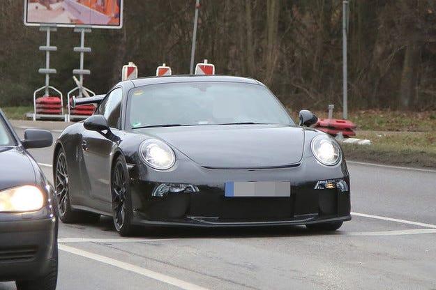 Прототипът Porsche 911 GT3: Промени и за Power-модела