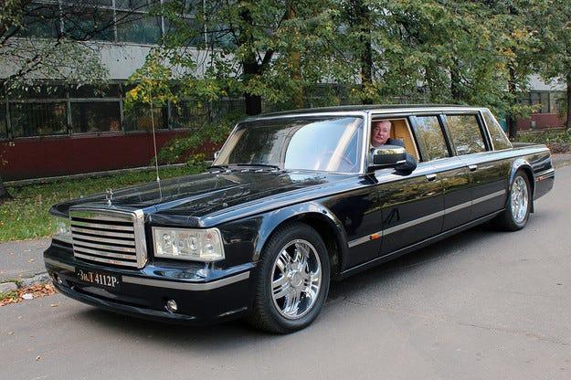 Обявиха руската президентска лимузина ЗИЛ за продан