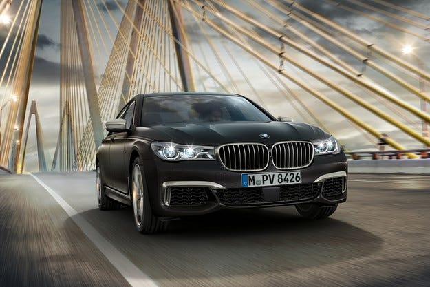 Компанията BMW представи най-мощната версия на Серия 7