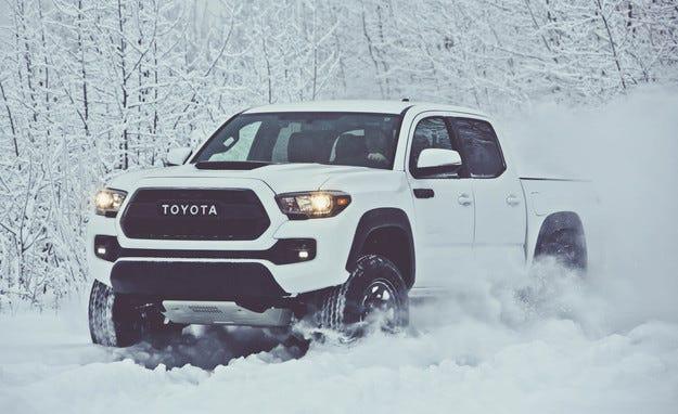 Пикапът Toyota Tacoma получи офроуд версия (видео)