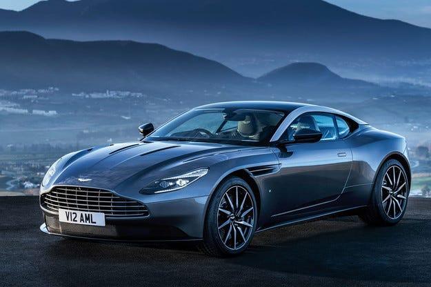 Разсекретиха модела Aston Martin DB11 преди премиерата му