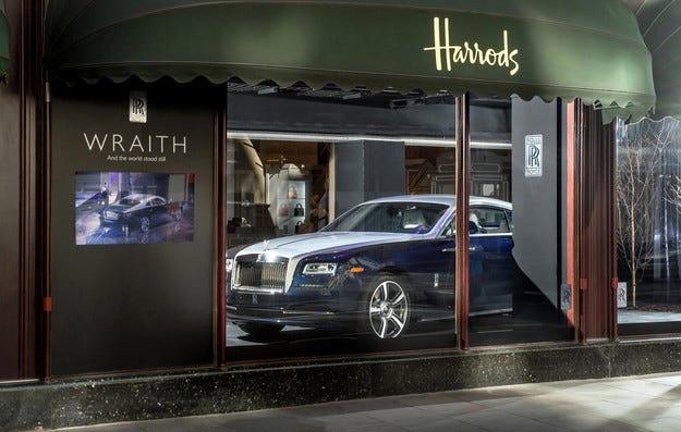 BMW напомня на служителите на Rolls-Royce за рисковете