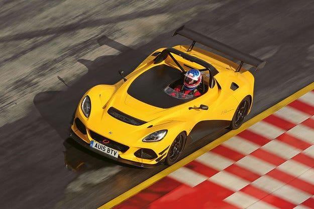 Lotus 3-Eleven бие всички на пистата Хокенхаймринг