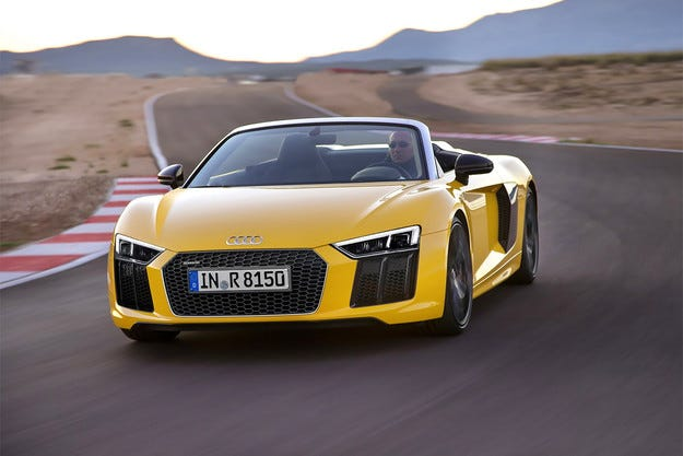 Спортният автомобил Audi R8 стана роудстър