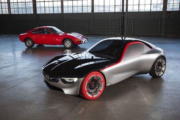 Opel представя легендата GT на Techno Classica в Есен