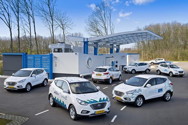 Университет трансформира Hyundai SUV в електроцентрала