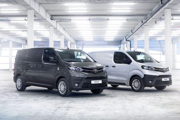 Toyota Proace: Японски бус с нови предложения