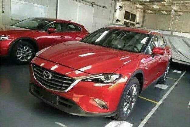 Разсекретиха серийната Mazda CX-4 преди премиерата